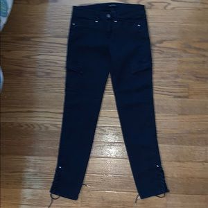 WHITE HOUSE BLACK MARKET skinny leg 4R navy pants